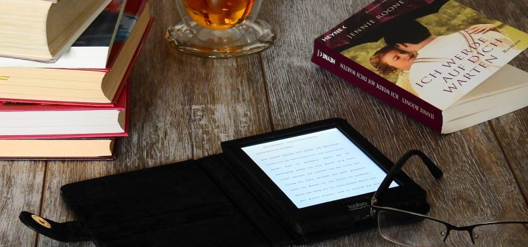Kobo Clara HD Review - Is It Better Than A Kindle Paperwhite? - Best